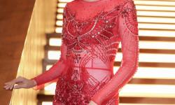 Cao Thái Hà nhớ thời chưa nổi tiếng, chật vật mượn váy áo đi event