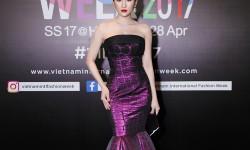 Bảo Như gợi cảm chết người khi tham dự VIFW 2017