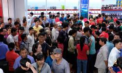 Nhiều sản phẩm điện máy kỹ thuật số tại Nguyễn Kim - Quận 9 đang giảm giá 50%