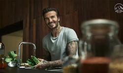 AIA hướng dẫn nấu các món ăn châu Á ngon nổi tiếng theo cách lành mạnh cùng David Beckham