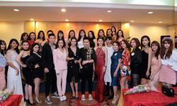 """Đông đảo các doanh nhân, người đẹp, nghệ sĩ tham dự họp báo Cuộc thi """"Nét Đẹp Công Sở 2017"""""""
