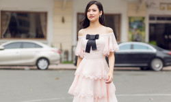 Tân Hoa hậu Việt Nam toàn cầu lần thứ 10 tiếp tục ghi điểm trong hình ảnh mới trong các thiết kế của thương hiệu David Wong