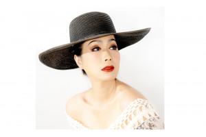 """Trịnh Kim Chi bất ngờ tung bộ ảnh mới """"khoe"""" nhan sắc tươi trẻ"""