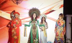 Trả lời ứng xử quá thông minh, Người đẹp Ruby Anh Phạm đăng quang Hoa hậu phụ nữ quốc tế tại Mỹ