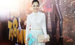 """Dương Cẩm Lynh diện đầm ren trắng quyến rũ tại buổi công chiếu phim """"798Mười"""""""