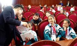 Huyện Yên Thành phủ kín sách từ chương trình Tủ sách nhân ái