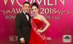 Hoa hậu Hạ My được ông xã tháp tùng đi nhận giải Bông hồng quyền lực
