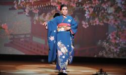 Phương Uyên đăng quang Mrs Asia Friendship 2018