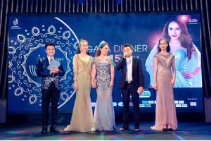 Hoa hậu ngành thiết kế Nhật Phượng tài trợ trang phục dạ hội cho các thí sinh tại cuộc thi 'Mrs Vietnam Global 2018'