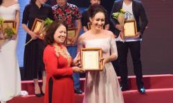 NTK Valentines Vân Nguyễn đẹp rạng ngời tại sự kiện