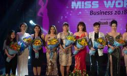 Hồ Thanh Hương đọ sắc cùng dàn người đẹp Việt tại bán kết Hoa hậu doanh nhân thế giới