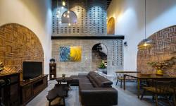 Ngôi nhà Đà Nẵng mới lạ dù dùng toàn nội thất cũ