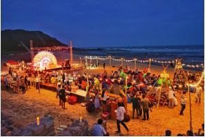 Trải nghiệm tiệc biển với giá từ 1,8 triệu đồng/đêm tại Long Hải