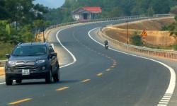 Đường gần 2.700 tỷ đồng nối Hà Nội với Hòa Bình thông xe
